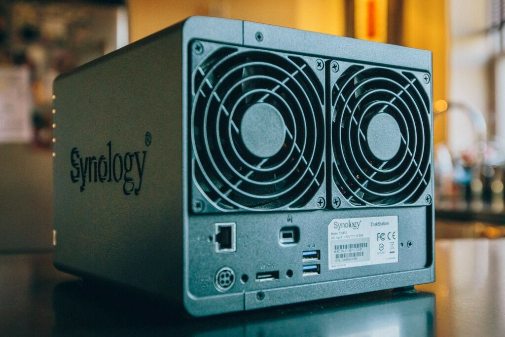 NAS сервер Synology DS413